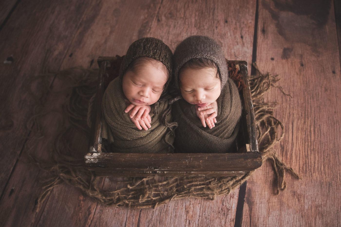 newborn-twins-photographer-sydney
